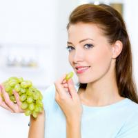 Можно ли есть виноград при гастрите и язве желудка?