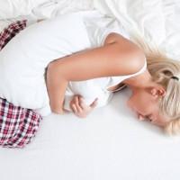 Помощь при боли в желудке и температуре