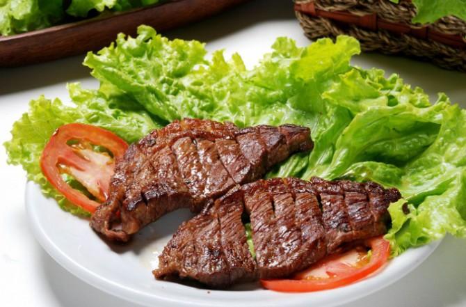 мясной стейк