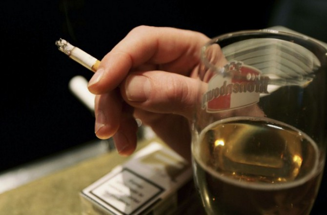 алкоголь, сигареты