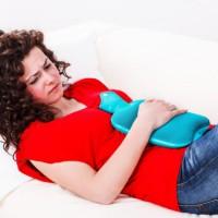 Рези в желудке – первопричины и когда вызывать неотложку