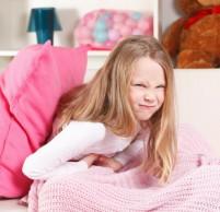 Если у ребенка болит желудок – что делать