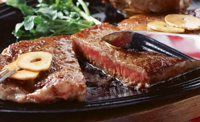 жирное жаренное мясо