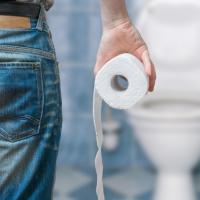 Понос после удаления желчного пузыря – причины и что делать