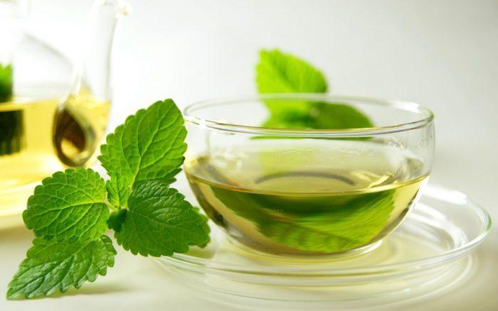 Народные рецепты при болях в желудке