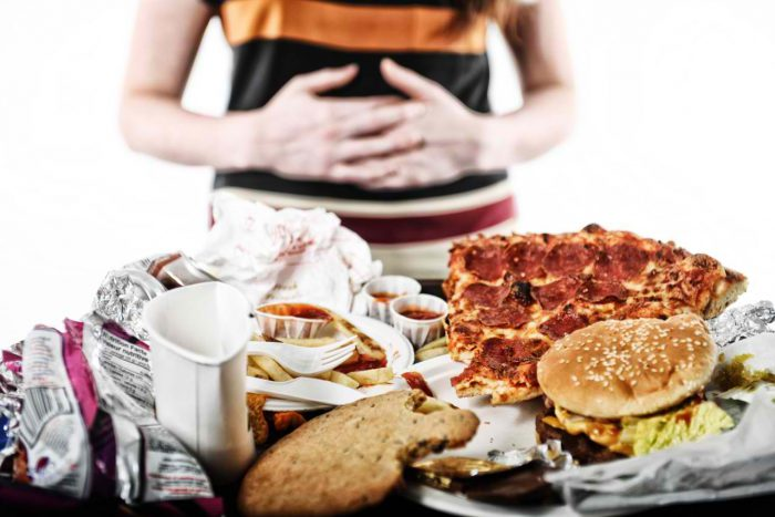 Почему возникает боль в желудке, появляется тошнота и понос