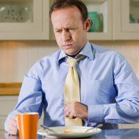 Несварение желудка: причины, симптомы лечение