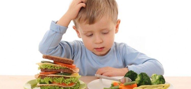 Гастрит у детей: основные причины возникновения, симптомы, лечение и диета