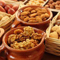 Какие орехи можно употреблять при язве желудка