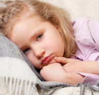 Понос у ребенка 7 лет: причины и особенности лечения