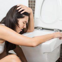 Как восстановить работу желудка после отравления?