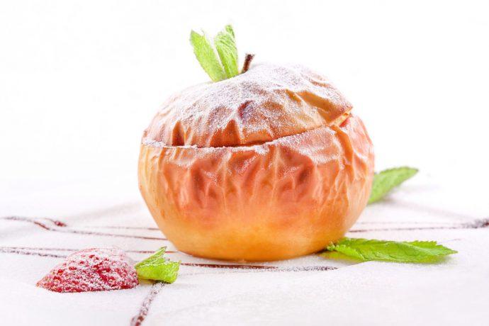 яблоко запеченное
