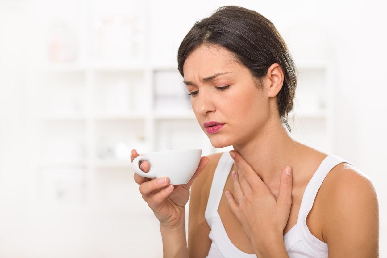 Горечь во рту по утрам после сна: причины, лечение, что означает