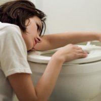 Почему часто тошнит, но тест на беременность отрицательный