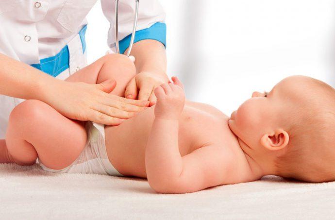 пупочная грыжа у ребенка болит живот