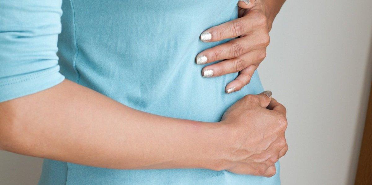больно в кишечнике при отрыжке