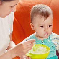 Чем кормить ребенка при поносе