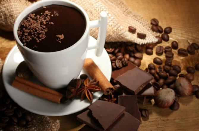 крепкий кофе, шоколад