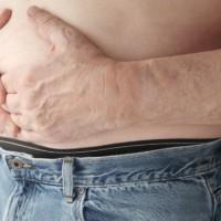 Опущение желудка: что это такое и как его лечить?