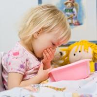 Что делать, когда у ребенка рвота и болит живот