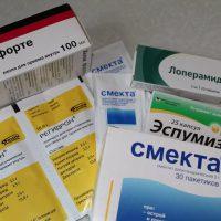 Какие нужно принимать препараты от поноса взрослым?