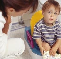 Что делать, если у ребенка понос: возможные причины и лечение