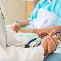 Обострение язвы желудка: симптомы и лечение