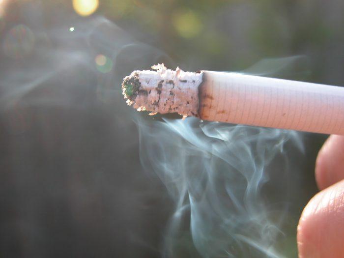 Вред курения натощак