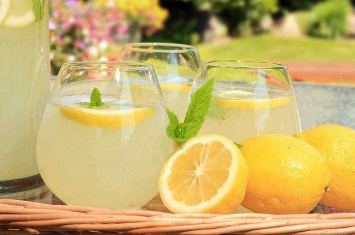 лимонад