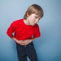 Что делать, если у ребенка болит живот после приема антибиотиков