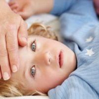 Понос и температура у ребенка: причины и лечение