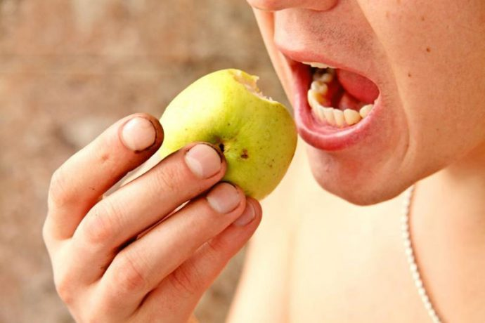 немытые фрукты и овощи
