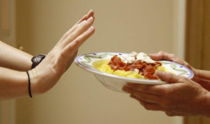 пища с жирной подливой