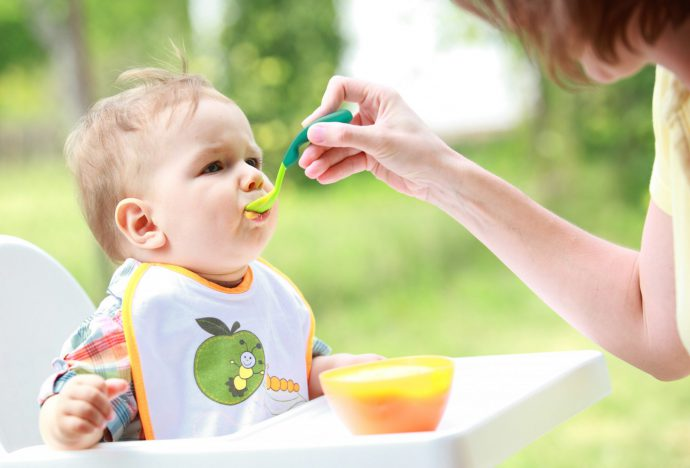 питание грудных малышей