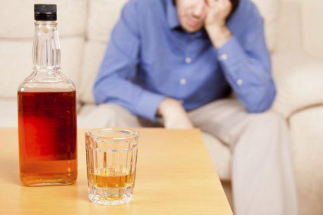 Отравление спиртными напитками