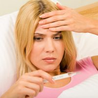 Причины повышения температуры, появления поноса и болей в животе