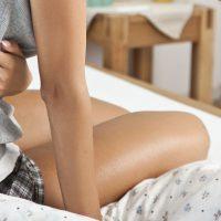 Крутит живот и понос: причины и лечение