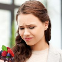 Причины появления и варианты устранения привкуса соли во рту