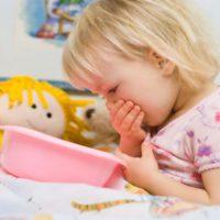 Почему появляется рвота у ребенка на море